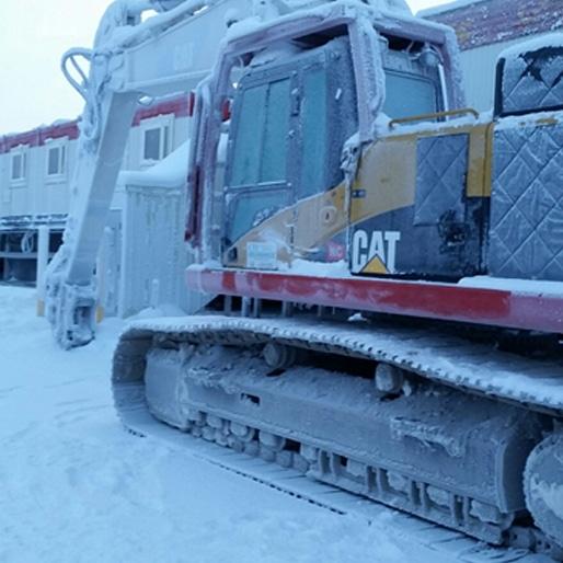 hotel built in arctic circle