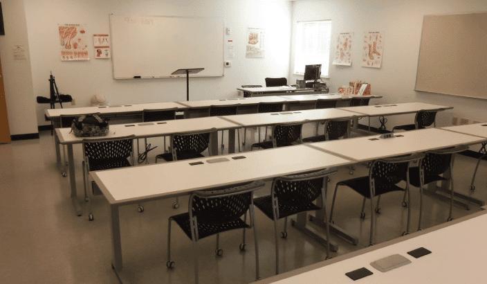 Ashland-Interior-Classroom-Side-Photo